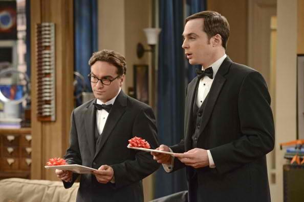 The Big Bang Theory: Leonard and Sheldon Go to War