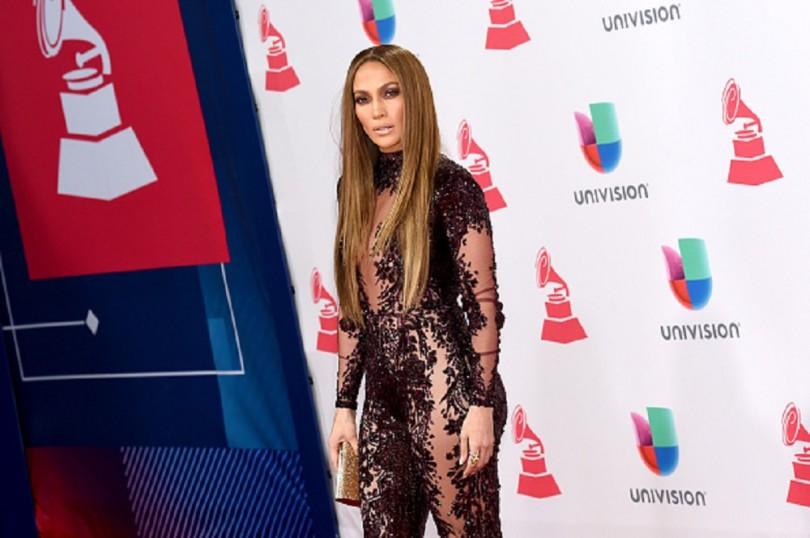 Nicki Minaj Takes New Year's Eve Slot After Jennifer Lopez Bowed Out