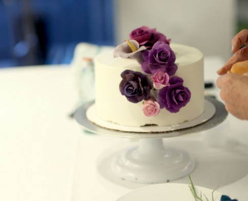 Which Cake Is Better? The $27 or $1,120 One?
