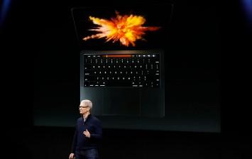 2016 Apple MacBook Pro Bug Fixes