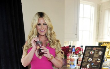 Kim Zolciak Teams Up with Mama Walker's Breakfast Inspired Liqueurs To Celebrate National Breakfast For Dinner Day