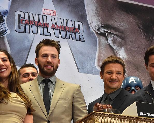 Chris Evans Update: 'Captain America' Star Advised Againt Trump Bashing