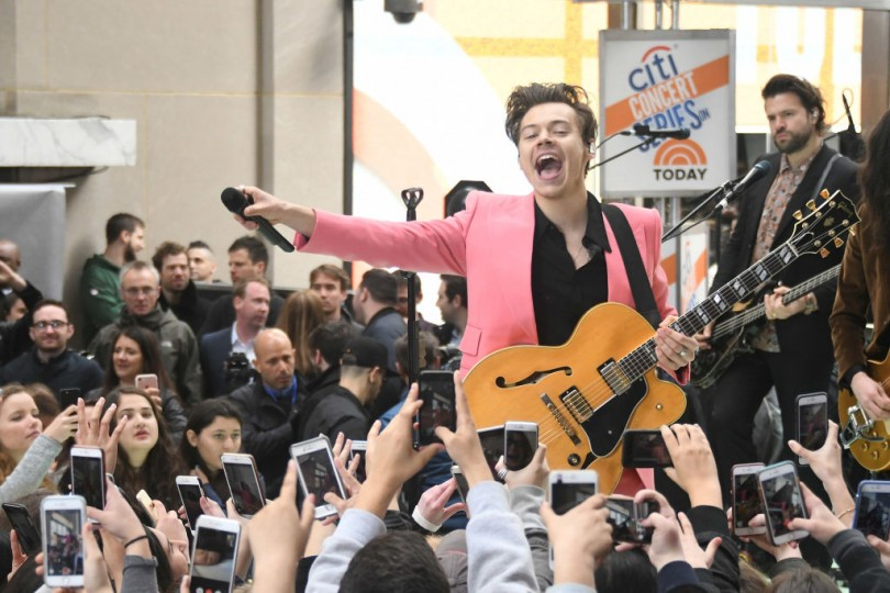 Harry Styles Performing On The Today Show