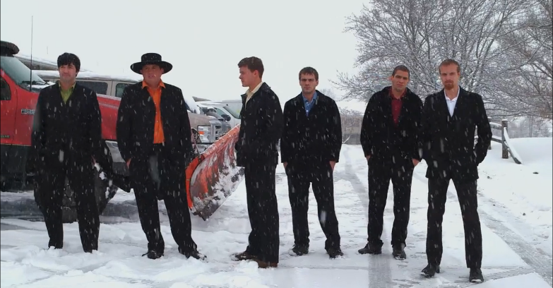 Alvin, Levi, Caleb, John, Freeman and Jolin before attacking an English motel room on the 'Amish Mafia' Season 3 finale