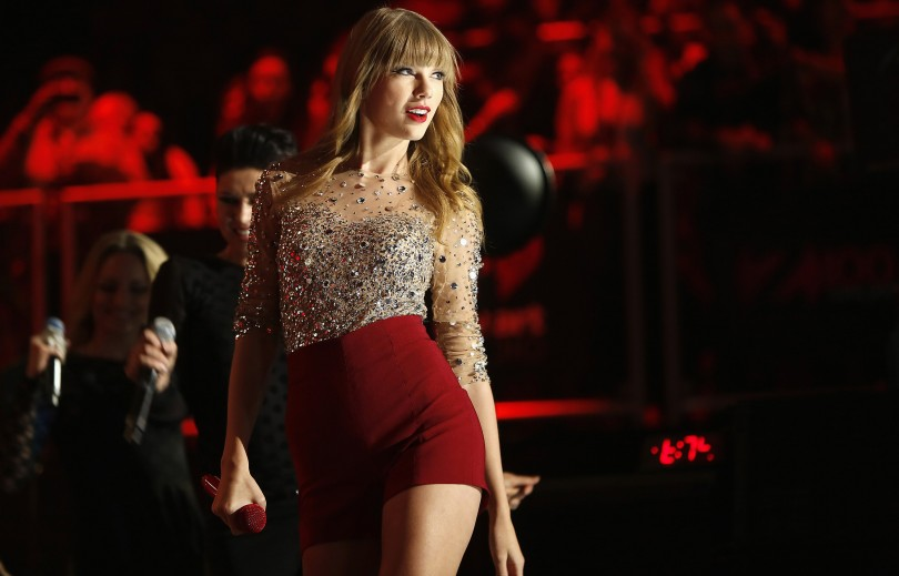 Singer Taylor Swift performs during the Z100 Jingle Ball at Madison Square Gardens in New York, December 7, 2012.