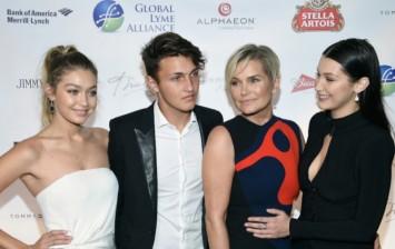 Gigi Hadid, Anwar Hadid, Yolanda Foster & Bella Hadid